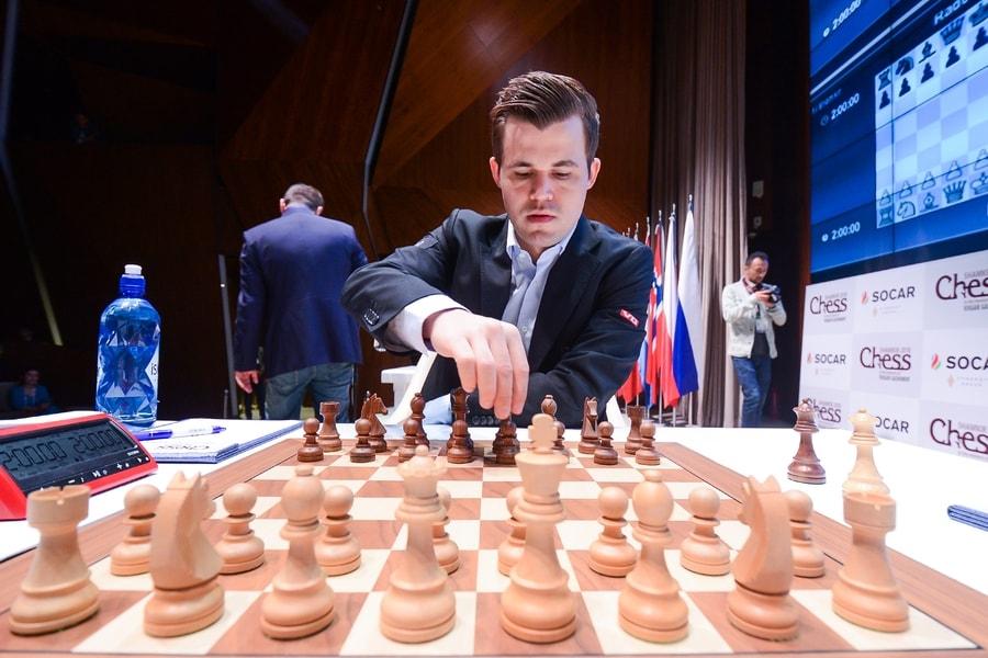 Magnus Carlsen med 50 prosent score etter tre runder i Shamkir. Foto: shamkirchess.com