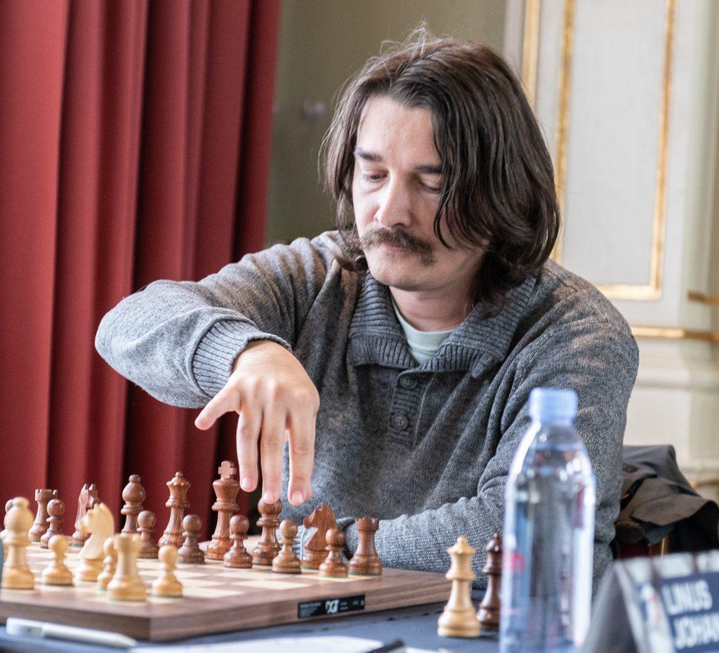 Alexander Morozevich, med nyanlagt bart. Foto: Lars OA Hedlund