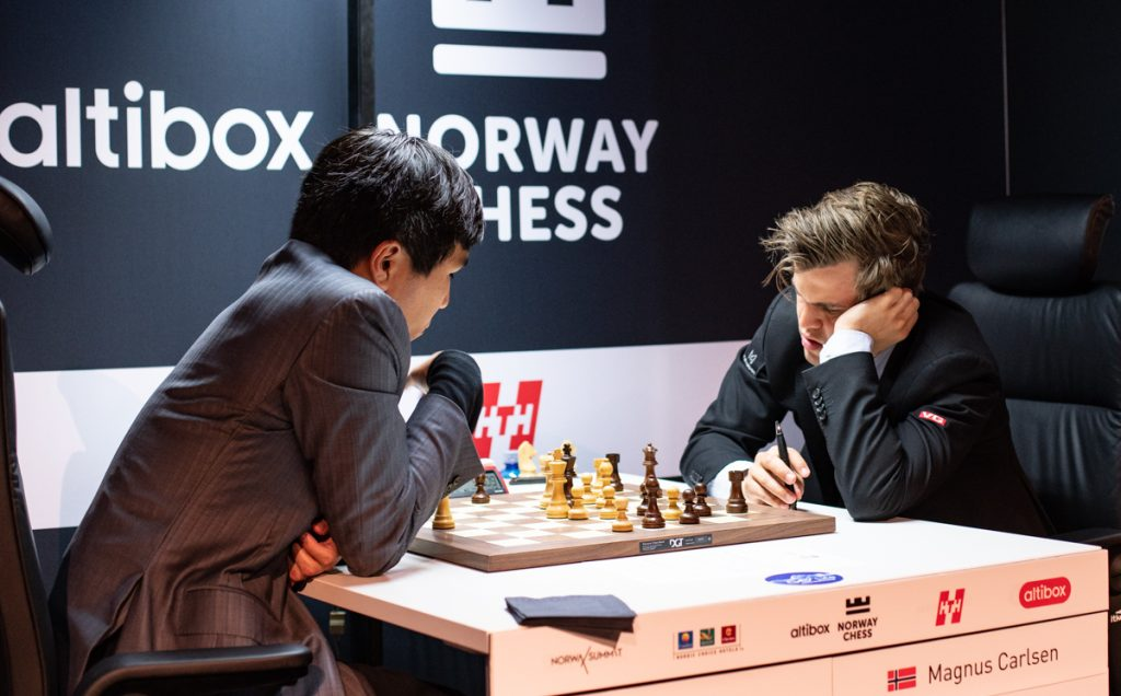 Magnus Carlsen minutes before his first resignation against Wesley So. Photo: Maria Emelianova
