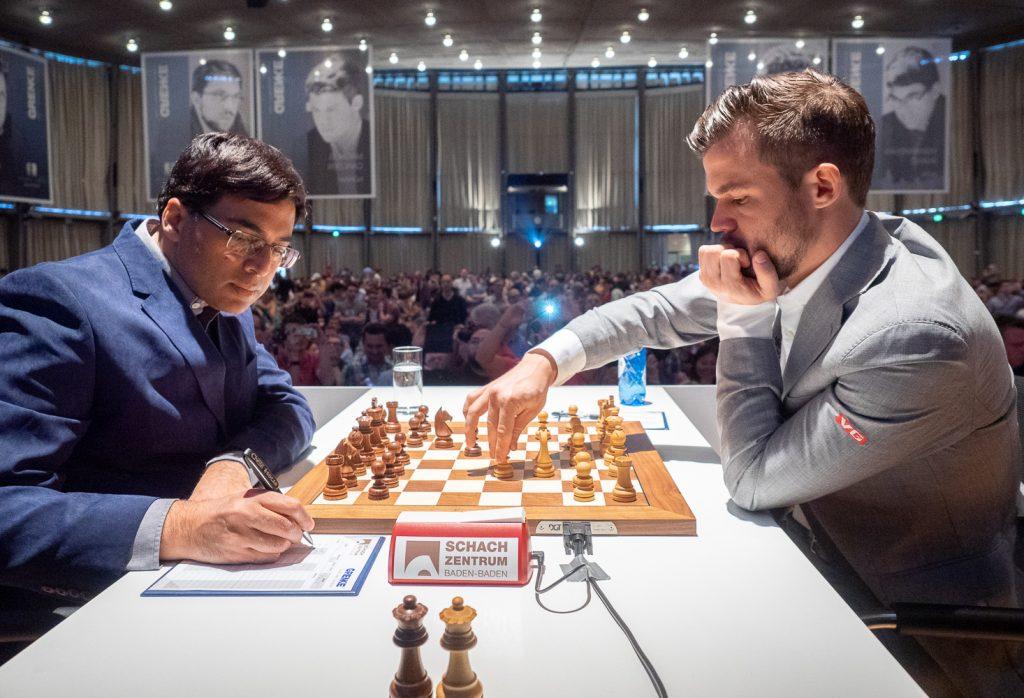 Møtet med Viswanathan Anand var det 66. i Magnus Carlsens karriere. Foto: Eric van Reem / Grenke Chess Classic.
