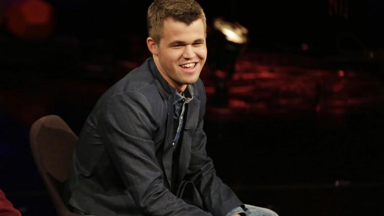 Magnus Carlsen on Lindmo. Photo: Julia Marie Naglestad/NRK