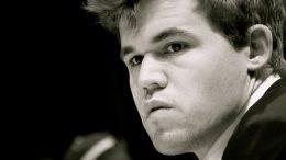 Magnus Carlsen fortsatt i klar ledelse i Bilbao. Foto: Yerazik Khachatourian