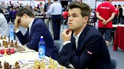 Magnus Carlsen overbeviste i sitt første parti i Baku. Foto: Paul Truong