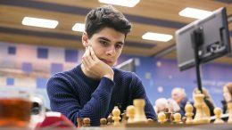 Aryan Tari jakter verdenstoppen i sjakk. Foto: Maria Emelianova