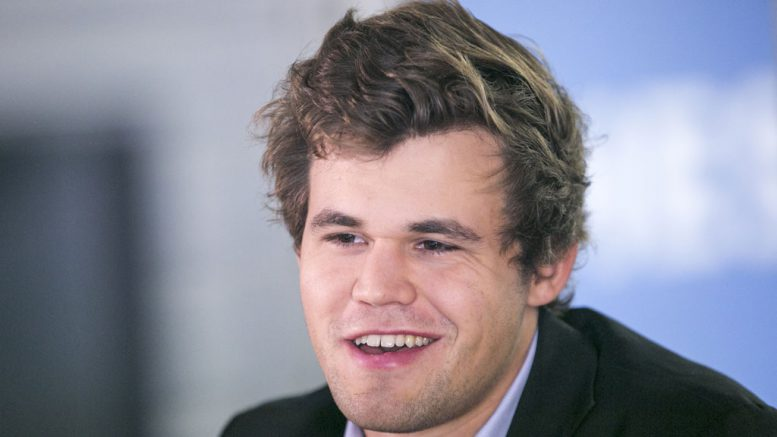 Magnus Carlsen er ubeseiret i Wijk aan Zee. Foto: Maria Emelianova