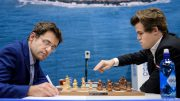 Magnus Carlsen og Levon Aronian i det 50. møtet. Foto: Alina l'Ami/Tata Steel Chess