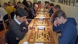 Aryan Tari vant oppgjøret mot Johan-Sebastian Christiansen. Foto: Tarjei J. Svensen