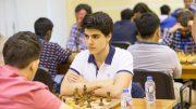DOBBELTSEIRET: Aryan Tari (17) slo tilbake lørdag. Foto: Dubai Chess Club