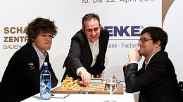 REMIS: Magnus Carlsen og Maxime Vachier-Lagrave i sjuende- og siste runde. Foto: Georgios Souledis