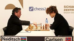 HÅRFIN: Magnus Carlsen i møtet med Arkadij Naiditsch i Grenke Chess Classic. Foto: Georgios Souleidis