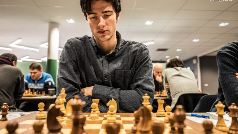 IRRITERT: Johan Salomon (20) etter første runde i EM i Hviterussland. Foto: Rolf Haug/mattogpatt.no