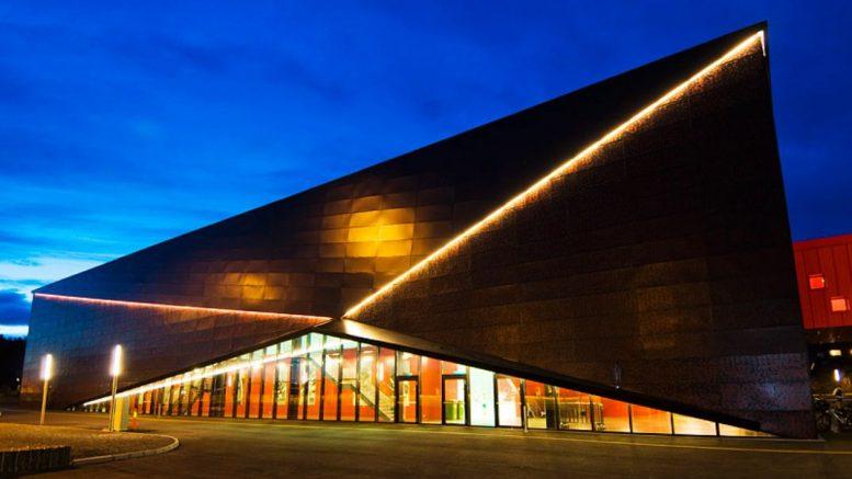 SJAKKSTADION: Her i Boligmappa Arena i Larvik skal opp mot 700 sjakkentusiaster samles under Landsturneringen i 2019. Foto: arena-larvik.no
