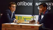 SKUFFET: Magnus Carlsen var igjen tydelig misfornøyd med eget spill mot Anish Giri. Foto: Tarjei J. Svensen