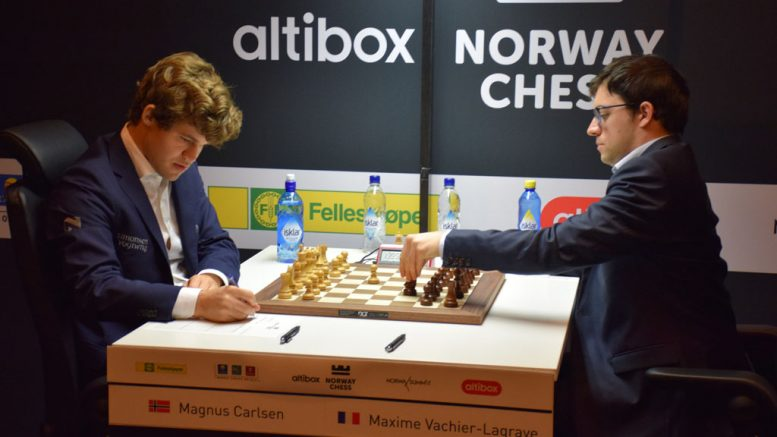 REMIS: Magnus Carlsen med sin femte remis i Norway Chess. Her mot Maxime Vachier-Lagrave. Foto: Tarjei J. Svensen