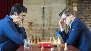 PRESTISJEMØTE: Magnus Carlsen vant oppgjøret mot Vladimir Kramnik i hurtigsjakken i Leuven. Foto: Lennart Ootes