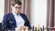 TABBE: Her innser Magnus Carlsen tabben mot Maxime Vachier-Lagrave. Foto: Lennart Ootes/Grand Chess Tour