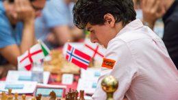 SOLID: Aryan Tari (18) med god innsats på Isle of Man etter fire runder. Foto: Maria Emelianova/chess.com