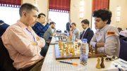 SLÅTT: Aryan Tari med ny solid prestasjon for Norge i møtet med Michael Adams, men det hindret ikke tap for England i EM. Foto: Maria Emelianova/chess.com