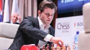 TRIUMF: Magnus Carlsen slo Anish Giri i 8. runde av Shamkir Chess. Foto: shamkirchess.com