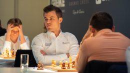 Magnus Carlsen møtte Levon Aronian for 58. gang i den 7. runden av Grenke Chess Classic 2019. Foto: Eric van Reem